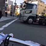 クロスバイクでの車道の走り方