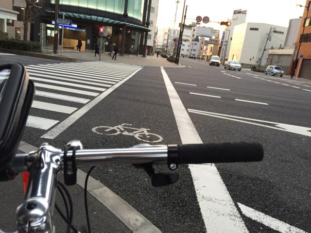 クロスバイクで自転車通勤