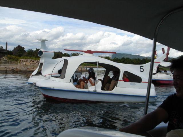 ヘリコプター型ペダルボート