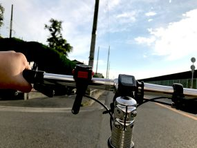 自転車通勤時のスーツと汗対策