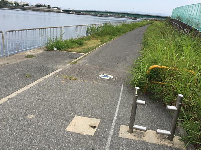 神崎川沿いルートの入口