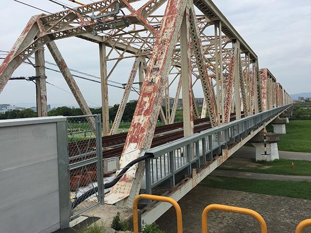 なにわ自転車道の始点だった赤川大橋