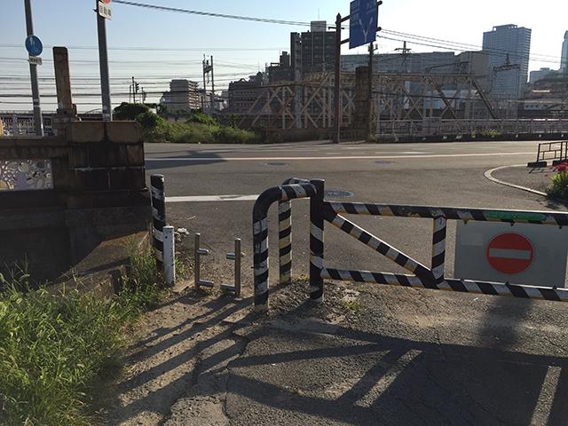 淀川サイクリングロード十三大橋付近